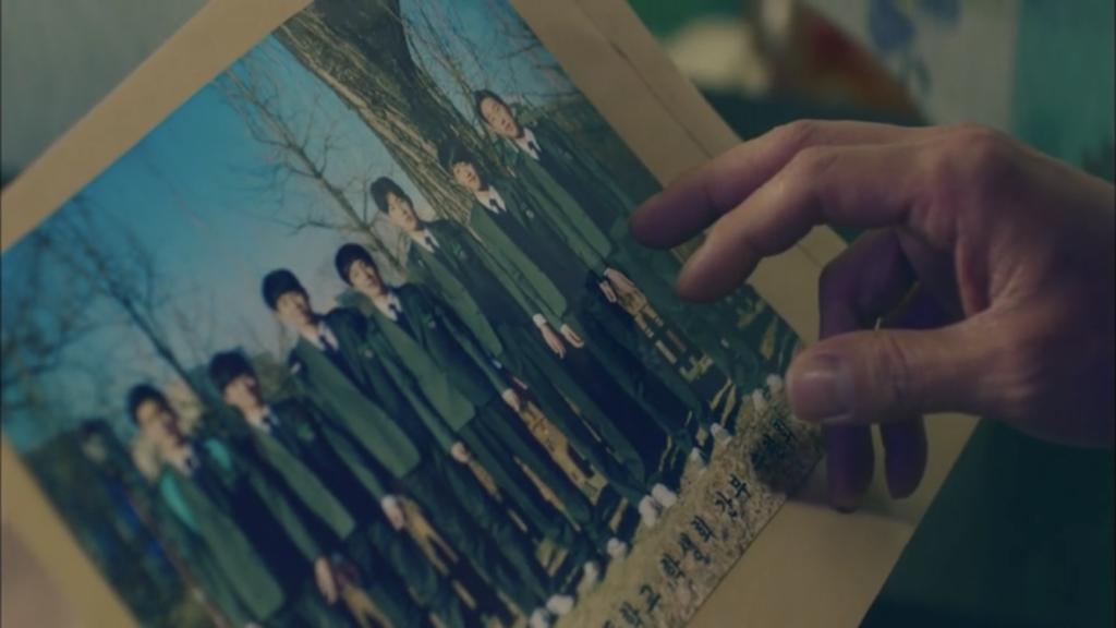韓国ドラマ「シグナル」11話、インジュ高校生徒会幹部の集合写真